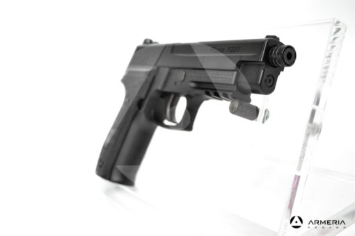 Pistola semiautomatica CO2 Sig Sauer modello P226 calibro 4.5 black mirino
