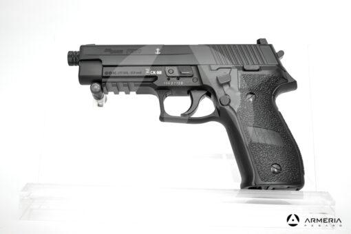 Pistola semiautomatica CO2 Sig Sauer modello P226 calibro 4.5 black lato