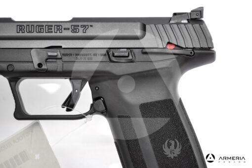 """Pistola semiautomatica Ruger modello 57 calibro 5.7x28 canna 5"""" macro"""