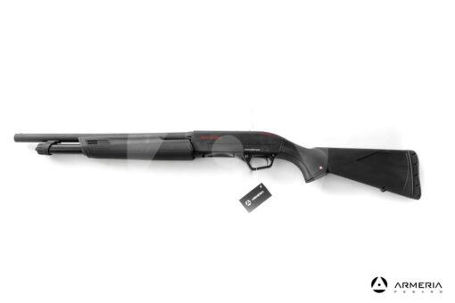 Fucile semiautomatico a pompa Winchester modello SXP Defender calibro 12 lato