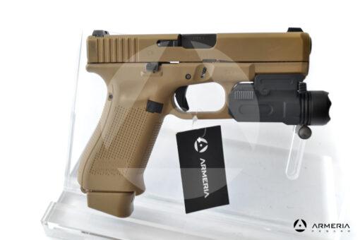 Pistola semiautomatica Glock modello 19X FDE calibro 9x21 canna 4 + torcia lato